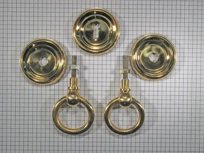 Set ringbeslag geelmessing met massieve ring